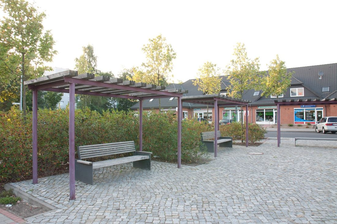 10303__12-08-19 Platz Knieper West Stralsund (8)