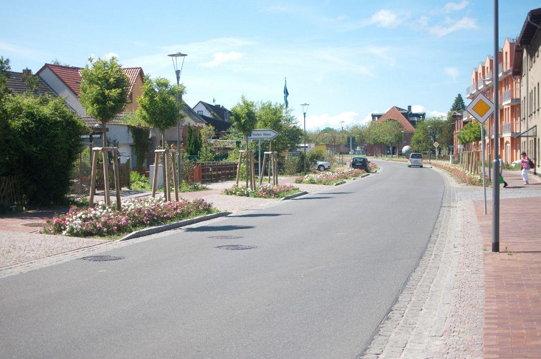 Hafen und Werftstrasse Barth